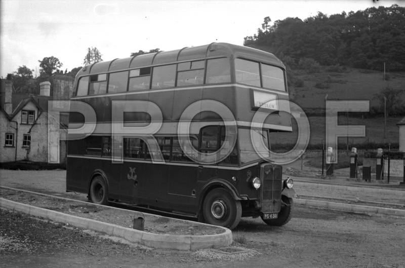 AEC Regent TG6311於當年在Yeomans Motors的情況 (© The Omnibus Society)